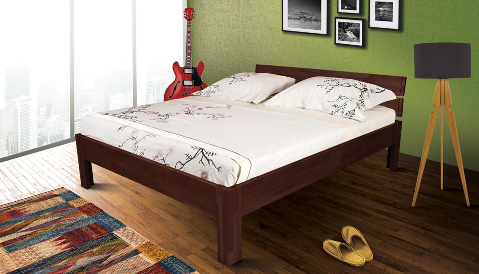drveni krevet queen