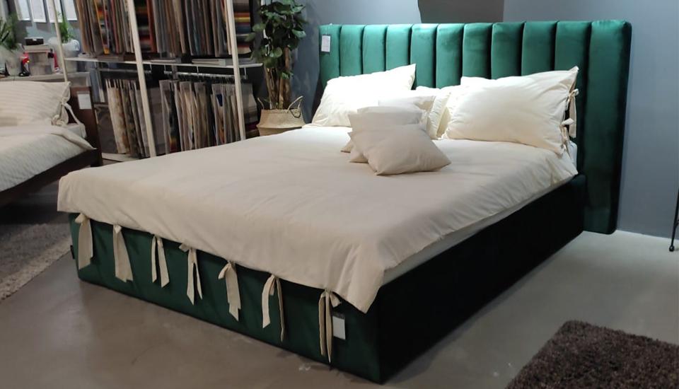 tapecirani krevet royal