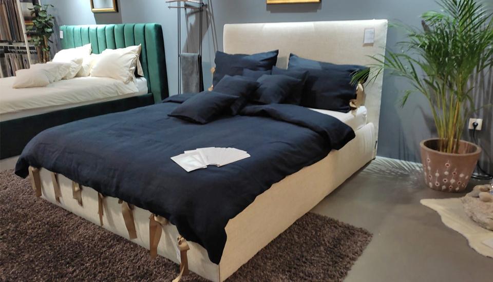 tapecirani krevet jet set